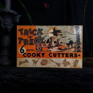 Vintage set of halloween cooky cutters.